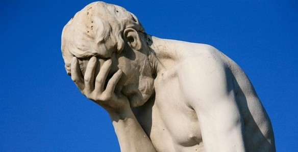 cropped-paris_tuileries_garden_facepalm_statue.jpg